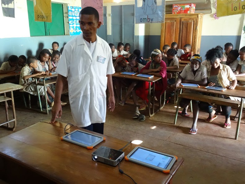 tablette ecole madagascar