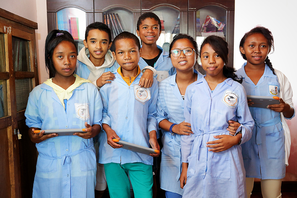 group students digital  school Madagascar