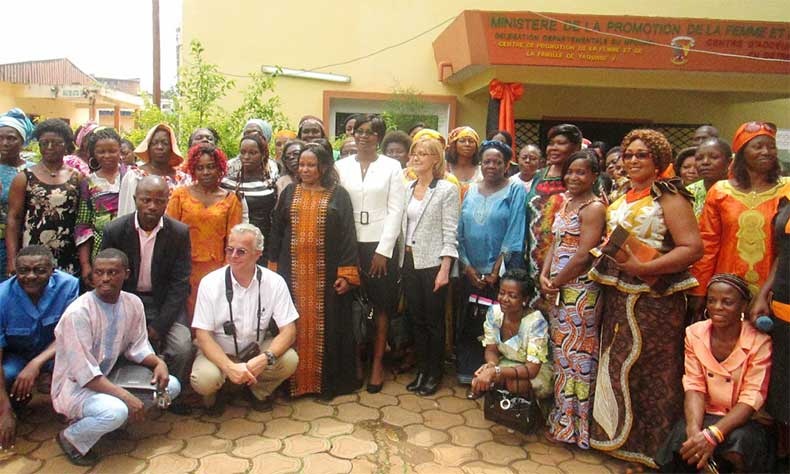 Maison Digitale Fondation Orange Cameroun centre promotion femme famille